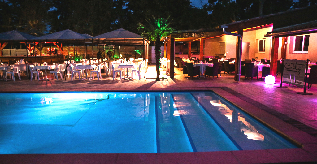 Club house aix country club aix en provence for Restaurant avec piscine aix en provence